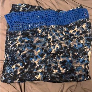 Blue patterned circle scarf